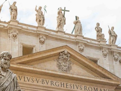 St. Peter's Dome Climb, Basilica & Vatacombs