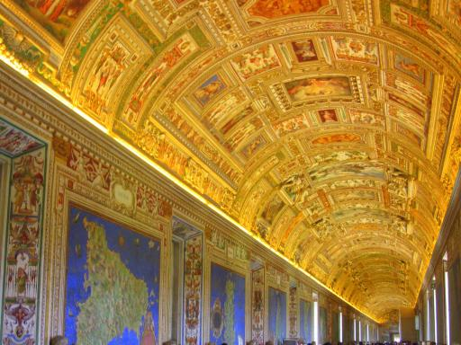 Rome Hop-on/Hop-off Bus Tour plus Skip-the-Line Vatican Museums Entry