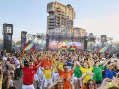 Feiern Sie den magischen Disneyland Paris Pride DisneylandⓇ Paris Pride ist für ein weiteres magisches Jahr zurück!