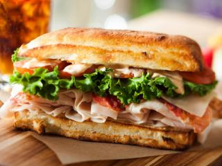 GRATIS 15% Discount Card für Earl of Sandwich in Disneyland® Paris