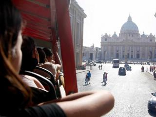 48 Hour Hop-on Hop-off bus and St Peter's Basilica