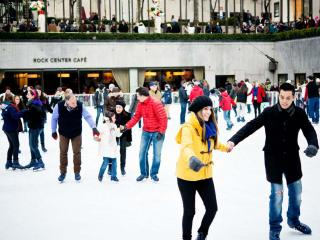 The Rink Rockefeller Center - Eislaufen und Dinner