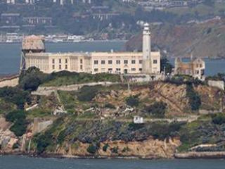 Alcatraz  & San Francisco Hop-on Hop-off Bus Tour Combo Ticket