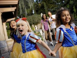 4 Tage Disneyland Resort Park Hopper Ticket